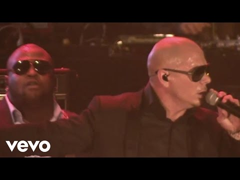 Pitbull - International Love (VEVO LIVE! Carnival 2012: Salvador, Brazil)