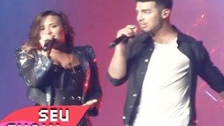 Demi Lovato Ft. Joe Jonas - Wouldn't Change a Thing Official (Live From DEMI World Tour)