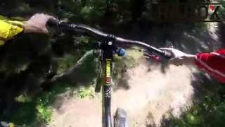 preview picture of video 'Chaumont Bike Park - RAHOX rider Stephen Brullé Downhill-Freeride'