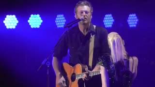Gwen Stefani & Blake Shelton Go Ahead And Break My Heart 2016