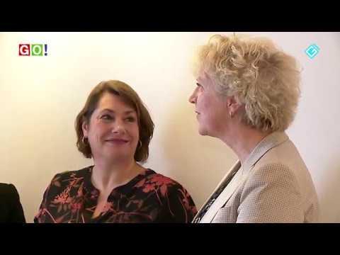Vrienden Ommelander Ziekenhuis en Past Rotarians Eemsdelta schenken Tovertafel - RTV GO! Omroep Gemeente Oldambt