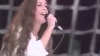 Alanis Morissette   Hand In My Pocket live @ Hyde Park 1996