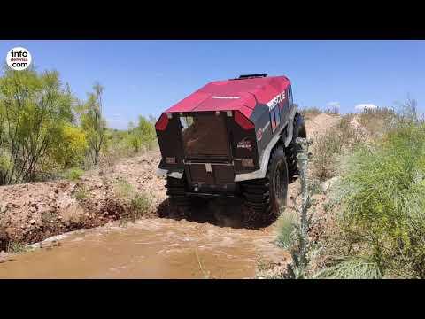 Argo presenta a la UME y al Ejército su vehículo Sherp con capacidad anfibia