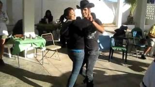 preview picture of video 'En Pleno Guateque en Bahia KINO'