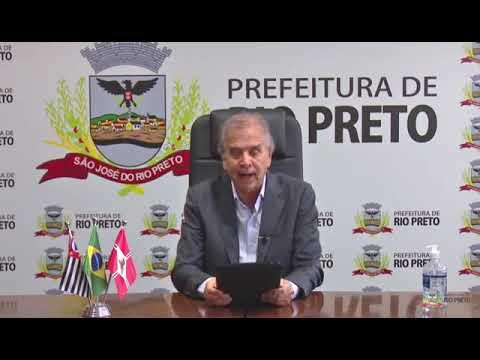 Edinho (à direita, sentado) com o presidente da Acirp, Paulo Sader, em reunião na quinta-feira, 26