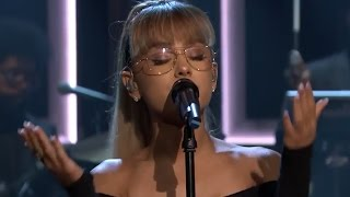 "Ariana Grande Performs Soulful ""Jason's Song (Gave It Away)"" On Tonight Show Starring Jimmy Fallon"