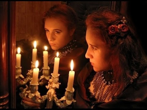 Divination with a comb will help to know the betrothed at Christmas Time And Christmas