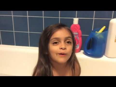 Take Time. Talk! With Iyari During Bath Time