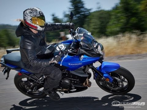 2013 Kawasaki Versys - 650cc Street Twins Shootout - MotoUSA