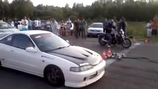 Honda Integra Type R vs. Moto (Drag Racing) - #ВРуле