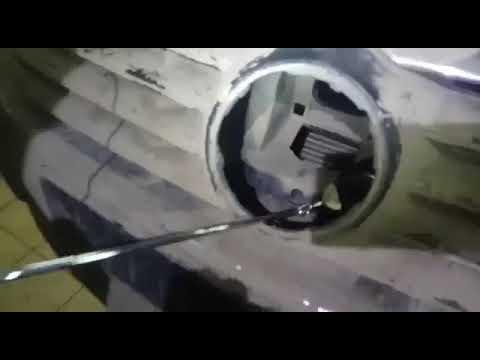 Как открыть капот на фольксваген пассат б6