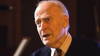 Yehudi Menuhin in coversation with Humprey Burton - A Violonist in Hollywood (1/2)