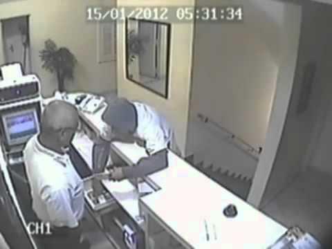 Câmera flagra policial matando assaltante com 4 tiros em hotel de SP