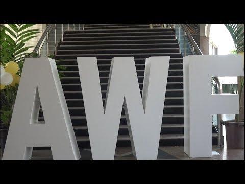 <a href='https://www.akody.com/cote-divoire/news/cote-d-ivoire-ouverture-d-africa-web-festival-2018-au-palais-de-la-culture-319045'>C&ocirc;te d'Ivoire: Ouverture d'Africa Web Festival 2018 au Palais de la Culture</a>