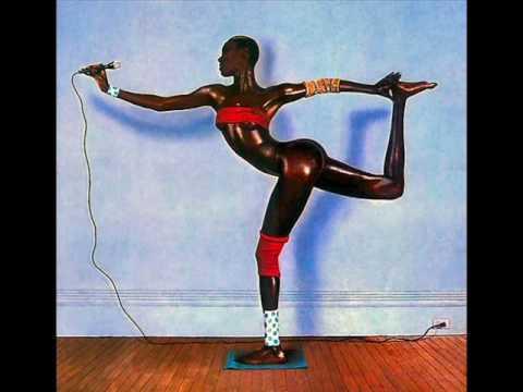 Grace Jones - Art Groupie