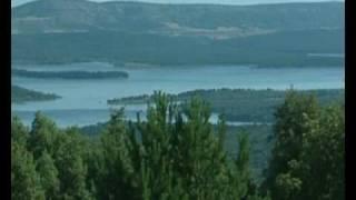 preview picture of video 'el valle soria ruta provincia marketing room tv contenidos para hotel'