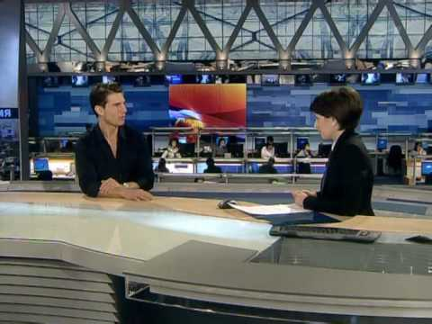 Том Круз (Tom Cruise) даёт интервью программе Время.