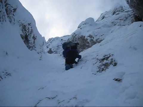 Po prvem snegu na Begunjščico