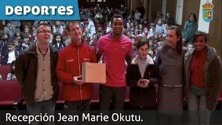 Recepción Jean Marie Okutu.