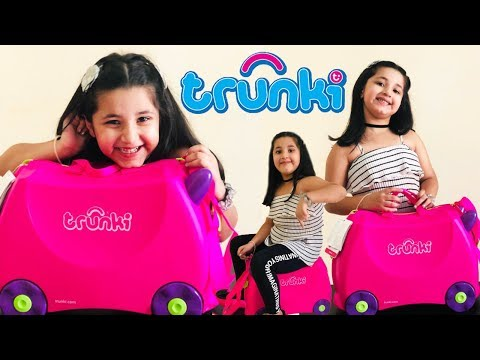 Unboxing of Trunki, a ride-on suitcase.