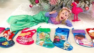 Nastya and gifts for the new year
