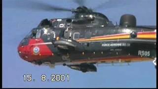 preview picture of video '15 AUG 2001 BELGIUM NIEUWPOORT SEA KING RS05 40 SQN HELI KOKSIJDE DUCK RACE -ONBEWERKTE VERSIE'