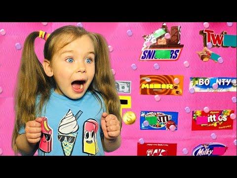 София и игра в сладости и шоколад | веселые истории про вредные сладкие конфеты