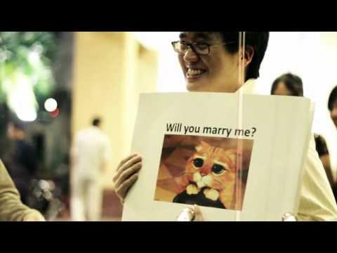Màn cầu hôn bằng Meme cực dễ thương!!!