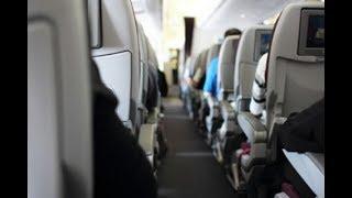 Женщине стало плохо в самолете. Действия бортпроводника удивили всех!