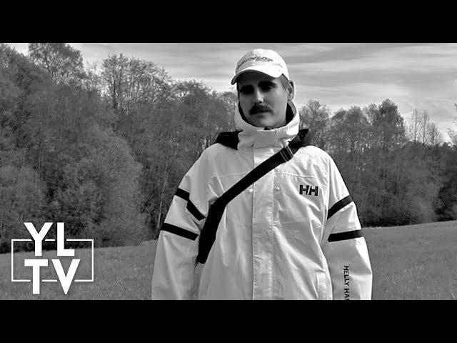 Graa Sky – Spor