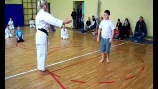 preview picture of video 'Karate 201-10-15.wmv   Klub GICHIN Nowogard- inauguracja roku szkolnego 2010-2011'