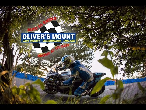 Photo for OLIVER'S MOUNT - Gold Cup 2015