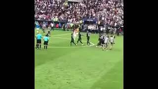 شاهد فرحة المنتخب الفرنسي لحظة فوزه فرحة جنونية