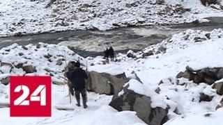 Из-за завала русла на реке Бурея прогнозируют новые оползни - Россия 24