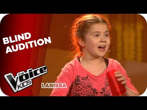 Thiên thần bé nhỏ biểu diễn Cup song tại The Voice Kids