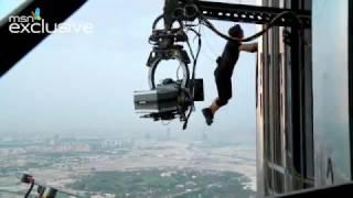 Tom Cruise shows off daredevil Burj Khalifa stunts in new clips | Kholo.pk