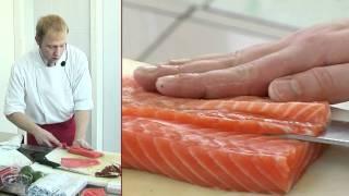 Смотреть онлайн Рецепт суши с семгой и тигровыми креветками