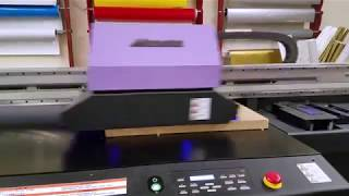 Wood printing technique with digital printing machine at Front Signs