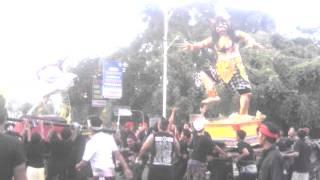 preview picture of video 'Ogoh-ogoh Banjar Bali Nyepi Tahun Caka 1937'