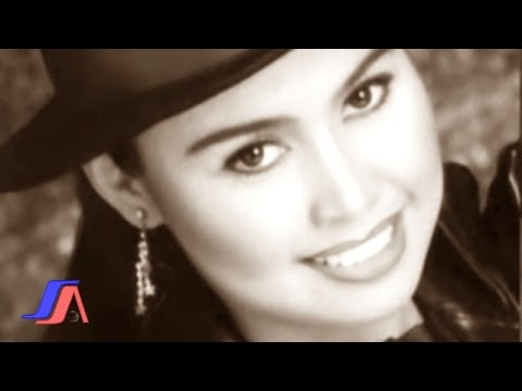 Hesty Damara - Cinta Rahasia (Official Lyric Video) Mp3