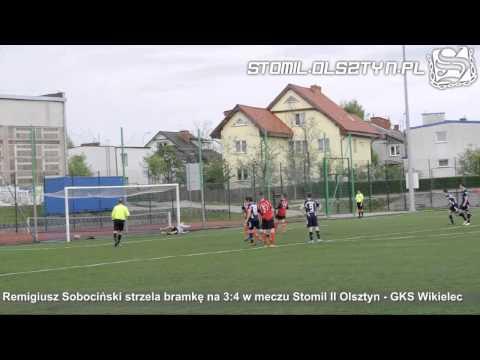 Remigiusz Sobociński z rzutu karnego ustala wynik meczu Stomil II Olsztyn - GKS Wikielec