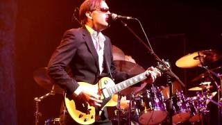 Joe Bonamassa playing slide guitar~The River~