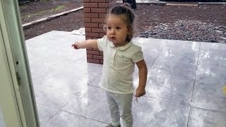 Cute BABY Loves Playing in The Rain - AWESOME KIDS Reaction