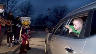[GR] Griffins Drive-Thru Teddy Toss