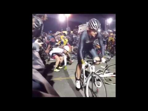 Велосипедистки посыпались на финише