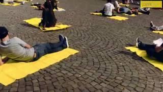 """FlashMob Kampagne des KStW """"Wir liegen auf der Straße!"""""""