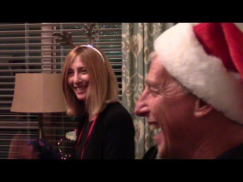 Christmas 2020 – Close-Up Magic Show (3)