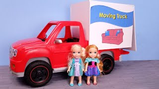 Furniture Store ! Elsa And Anna Are Shopping - Barbie Works In Sales - Moving Truck