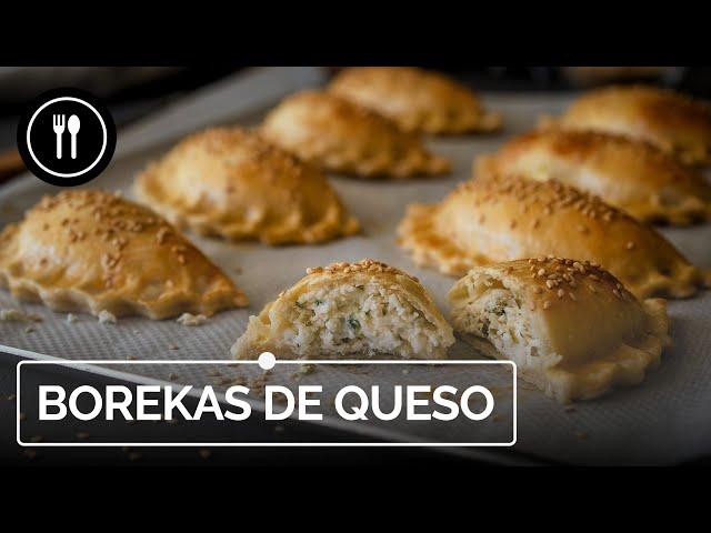 Borekas de queso y mezcla de hierbas: así se hacen las empanadillas de Oriente Medio más deliciosas