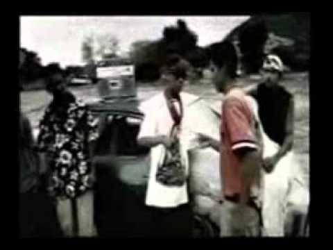 Cumbia Poder - Celso Piña (Video)